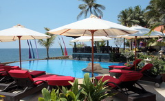 teluk_karang_pool-mit-cafe.jpg